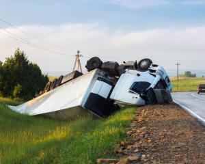 semi truck roll over accident near colorado springs